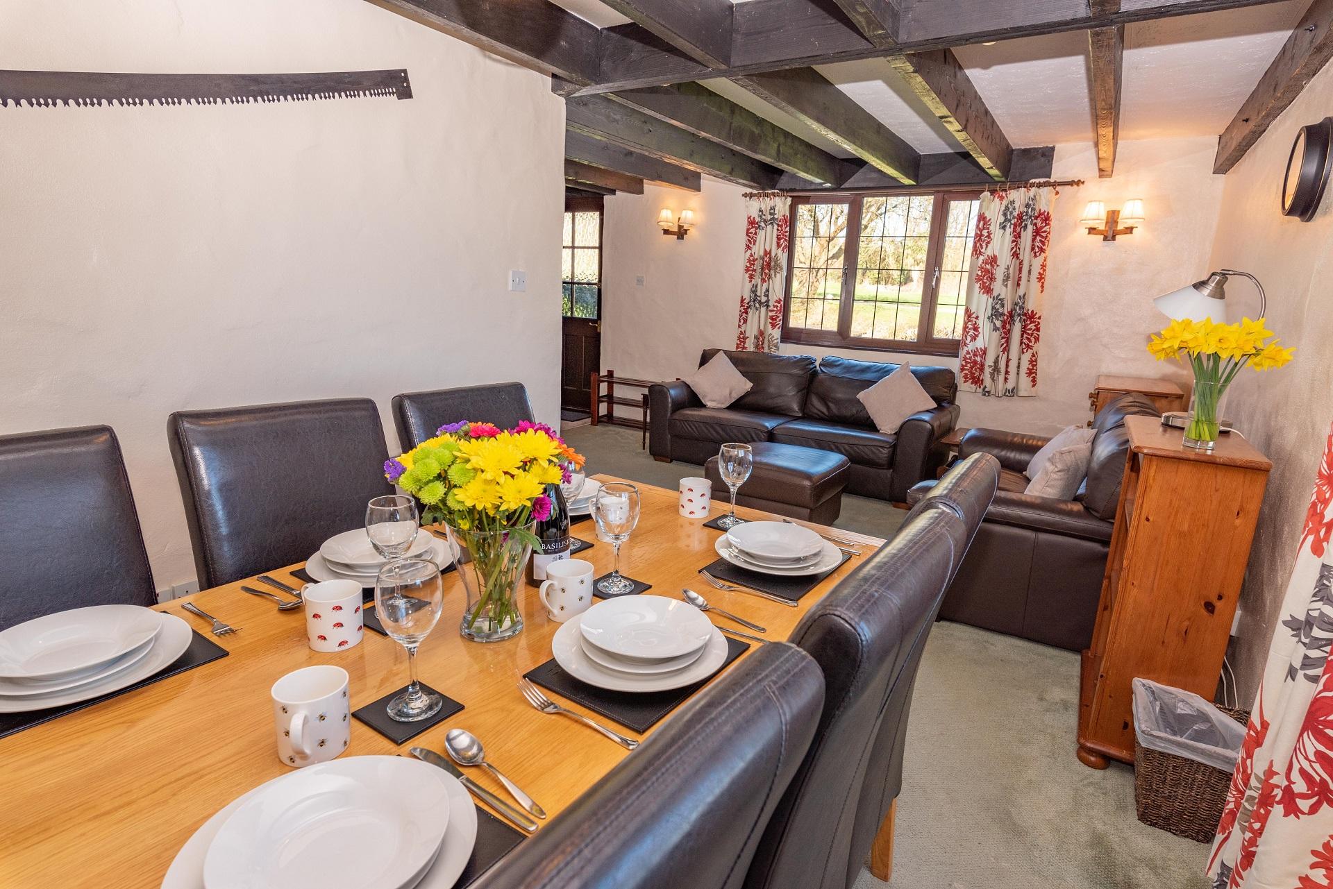 Willingcott 25 Lounge Diner 2