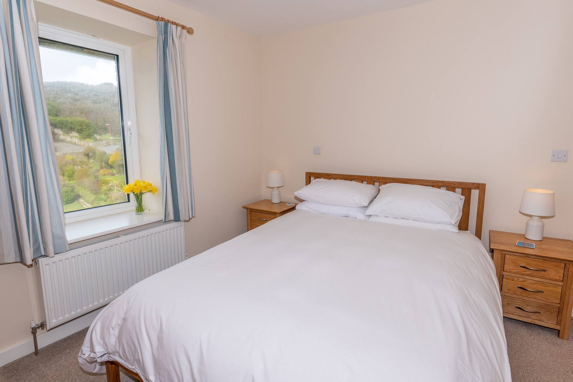 Golden Retreat Bedroom1 2