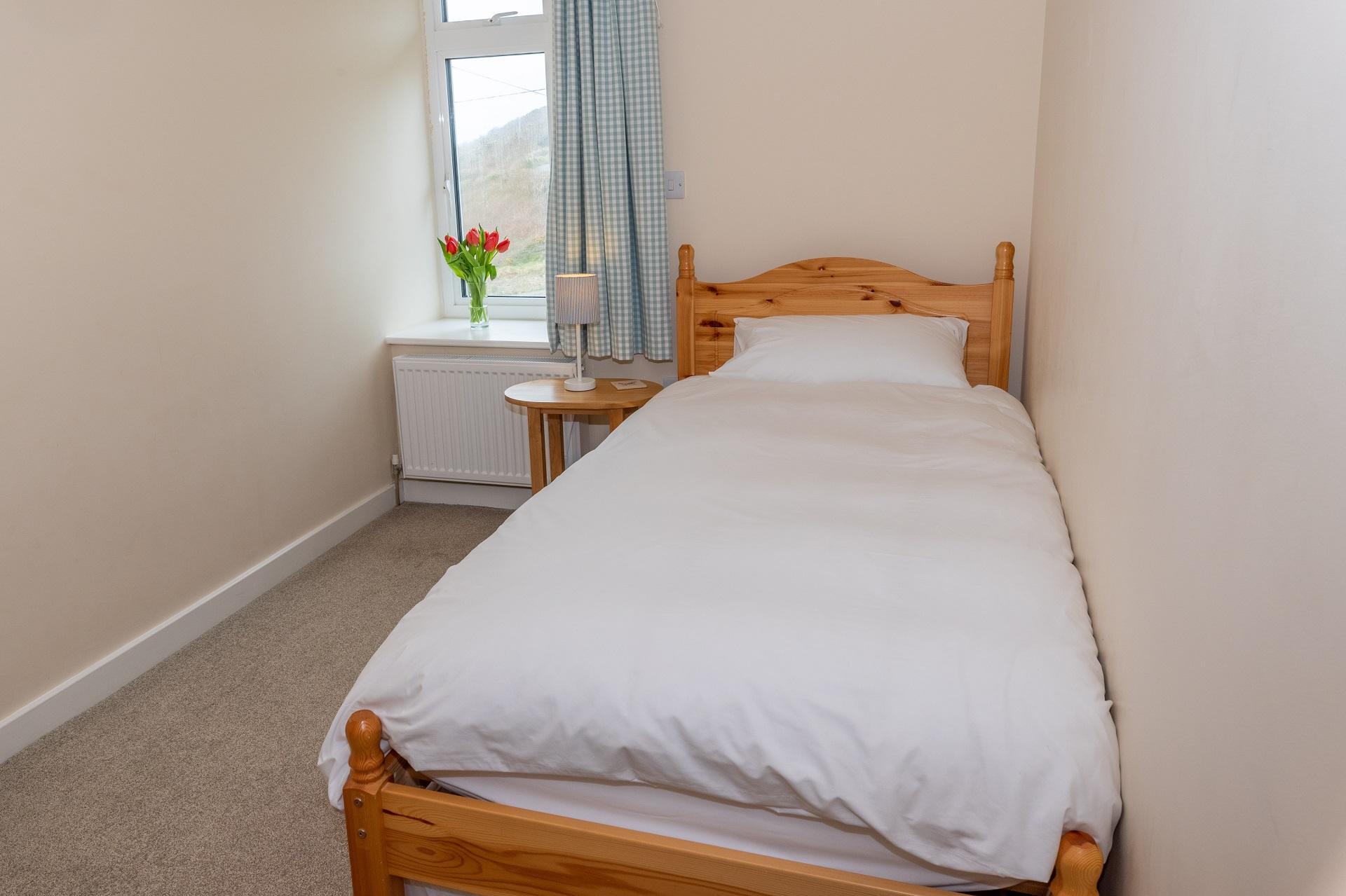 Golden Retreat Bedroom2 2