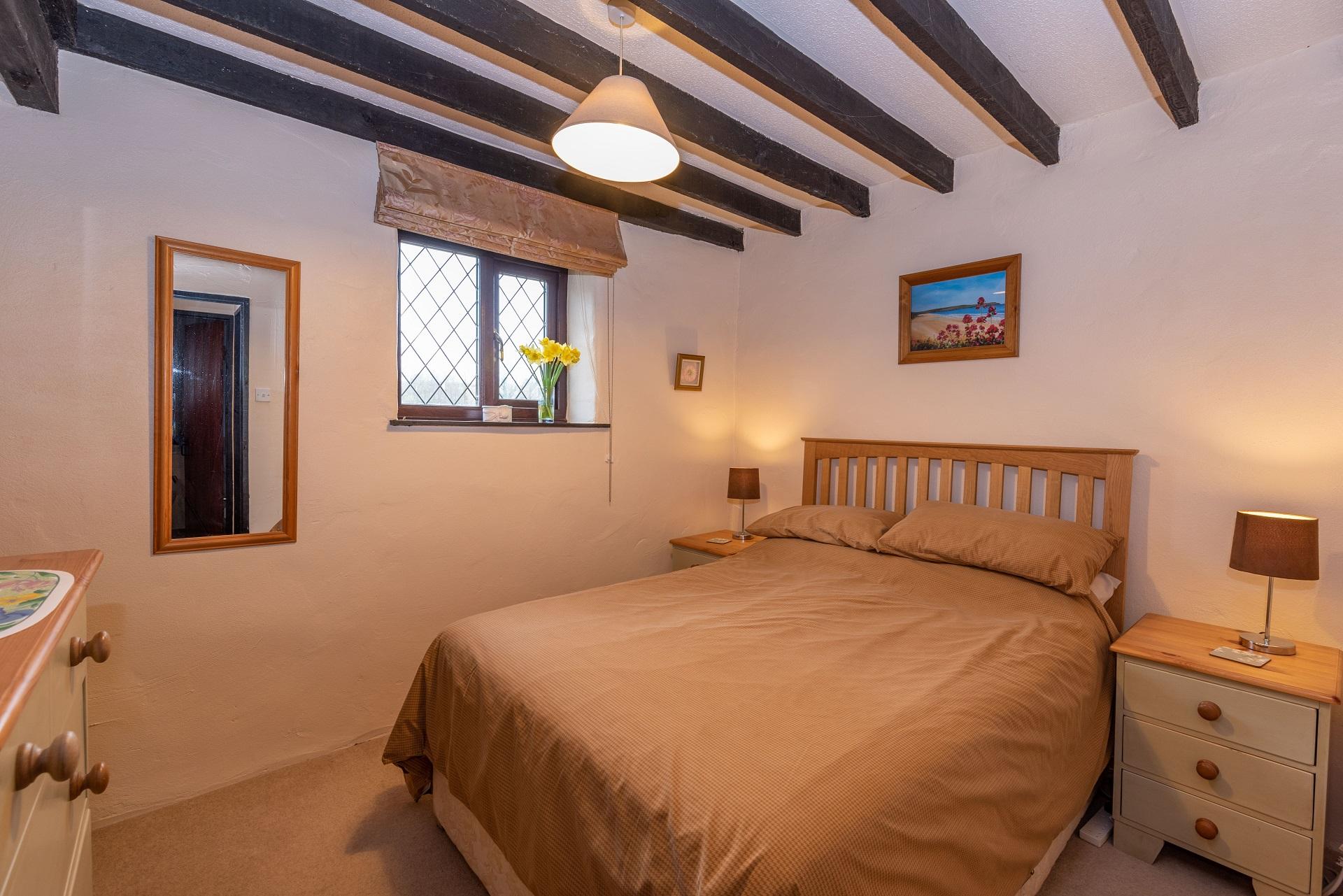 Byre Cottage Bedroom1