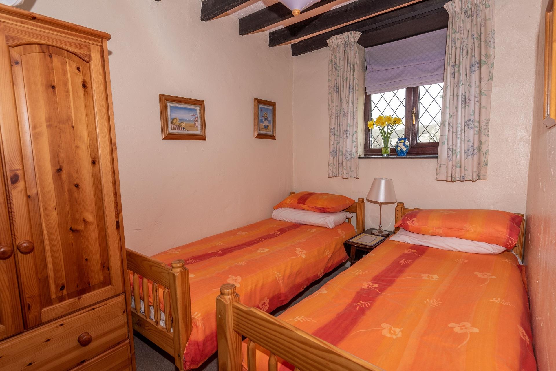 Byre Cottage Bedroom2 2