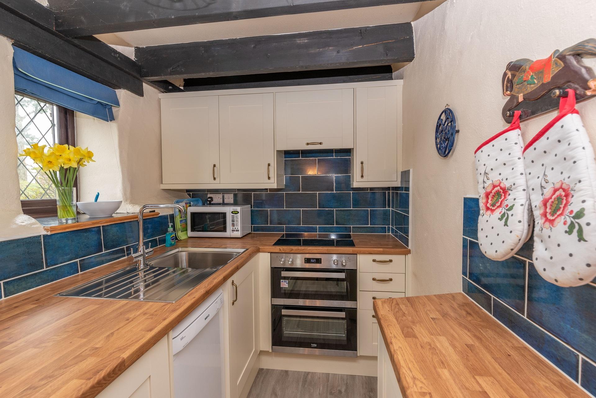 Byre Cottage Lounge Kitchen Diner 8