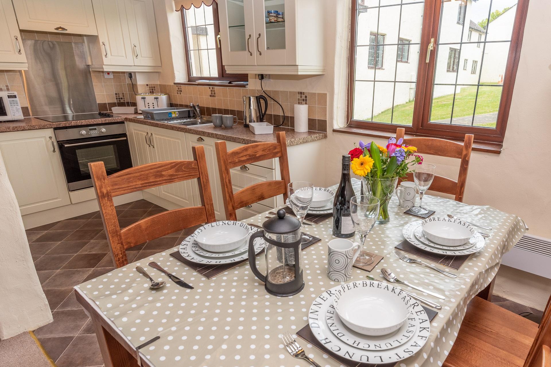 Willingcott 24 Kitchen Lounge Diner 3