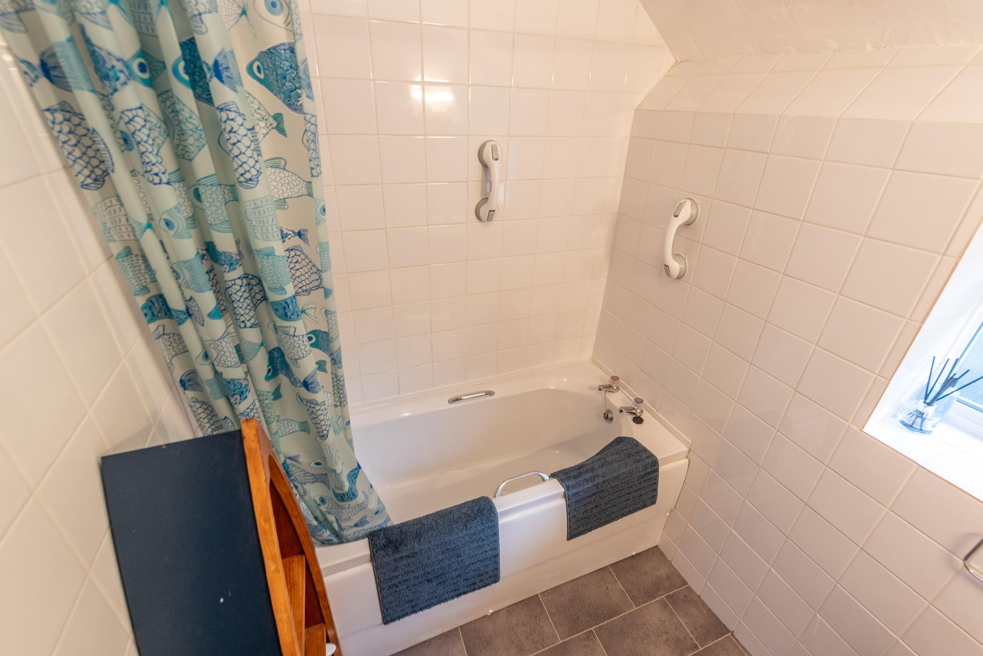 Chich Cottage Bathroom 2