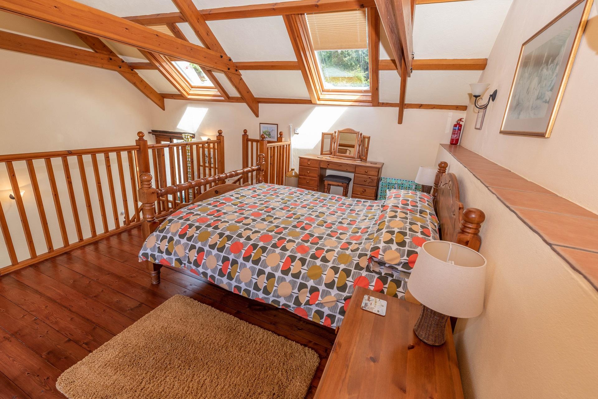 Billygoldsworthy Bedroom 2