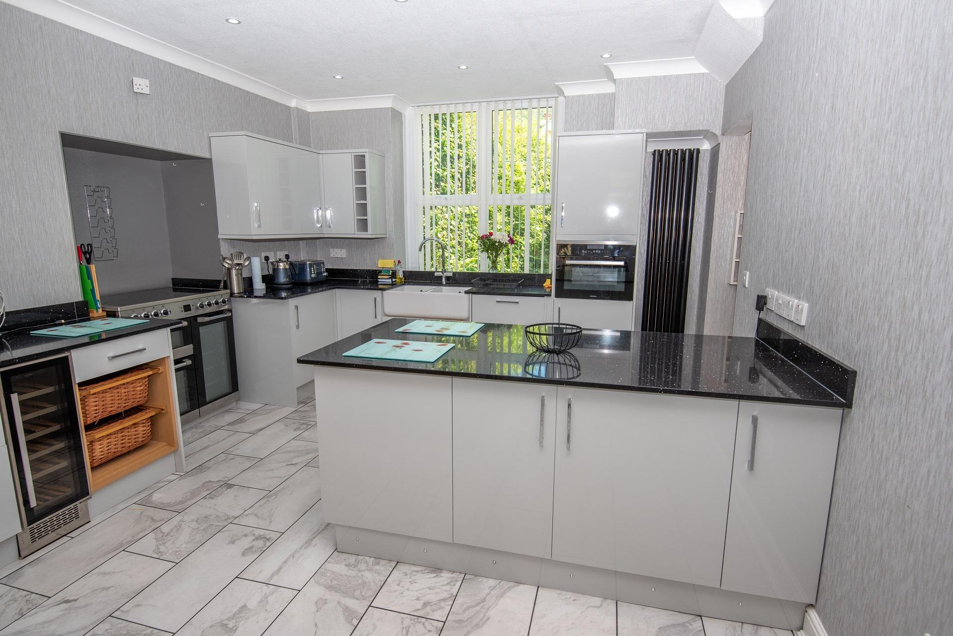 Combesgate House Kitchen 5