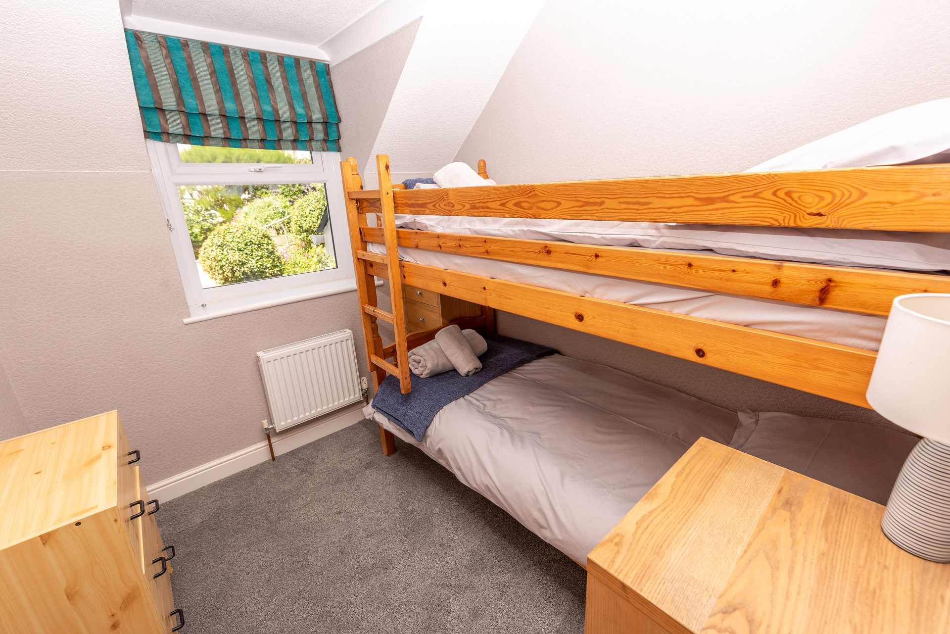 Combesgatehouse Bedroom3