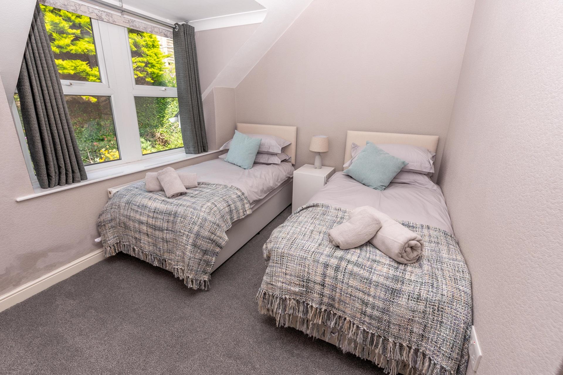Combesgatehouse Bedroom4