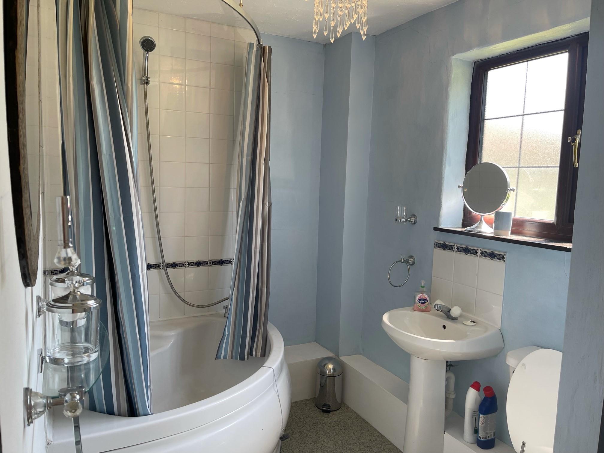 39 Will Bathroom